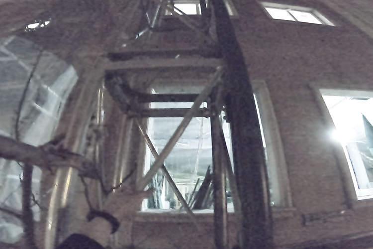 escalada urbana de torre de carga