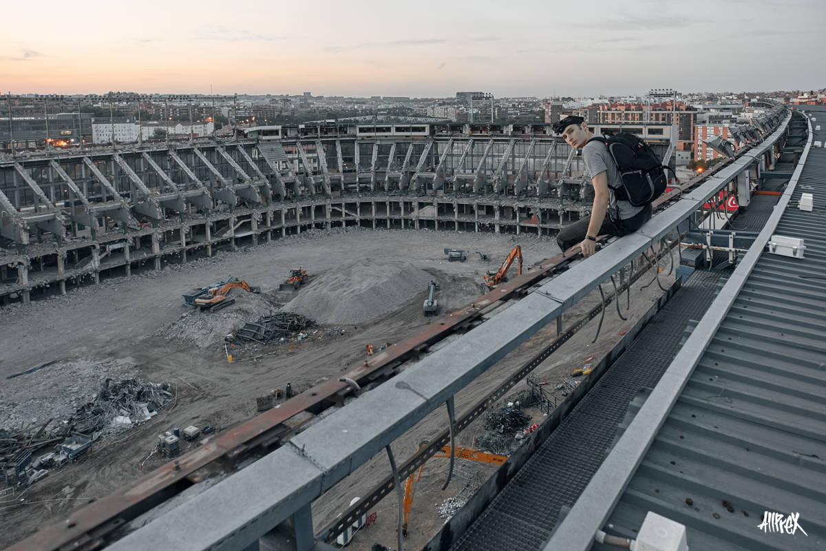 estadio Vicente Calderón en demolición