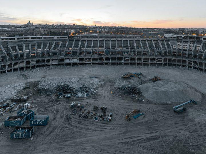 Descarga el vídeo Entramos al estadio Vicente Calderón mientras lo derriban + Sorteo