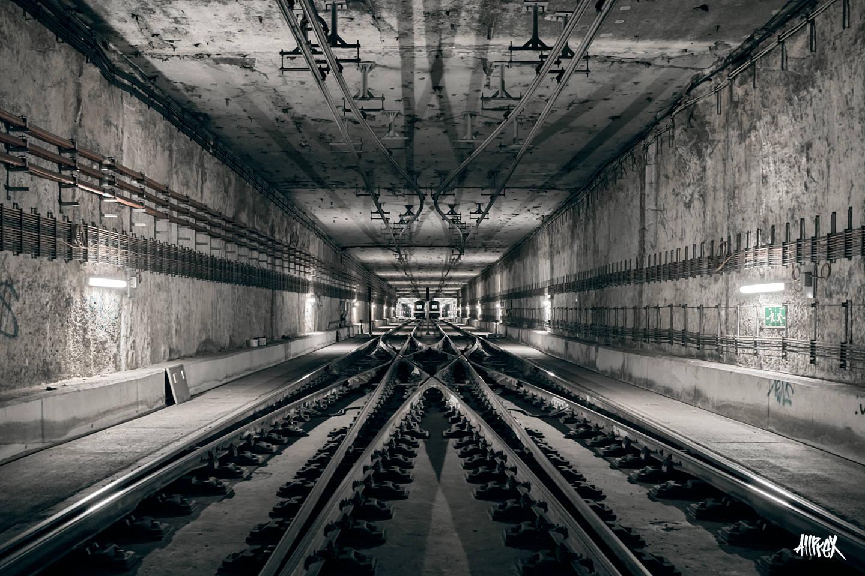 túnel línea 9 metro de Barcelona